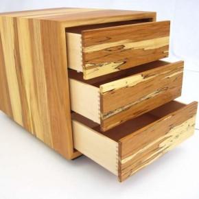 Container aus Stockbuche mit 6 Schubkästen